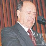 João Elísio Ferraz de Campos: inovador no Governo.