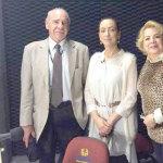 Rosangela Moro com o Prof. Moacyr Paranhos Pró Reitor da Uninter Educacional, e psicóloga Leomar Marchesini
