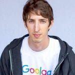 """O engenheiro norte-americano James Damore: o """"Goolag"""" na camiseta diz muito sobre o estilo politicamente correto da empresa de internet que o demitiu."""