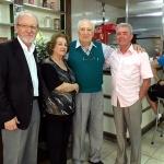 Reichert, Albertina, Elias Massabki e José Silvério, proprietário do Salão Santa Mônica
