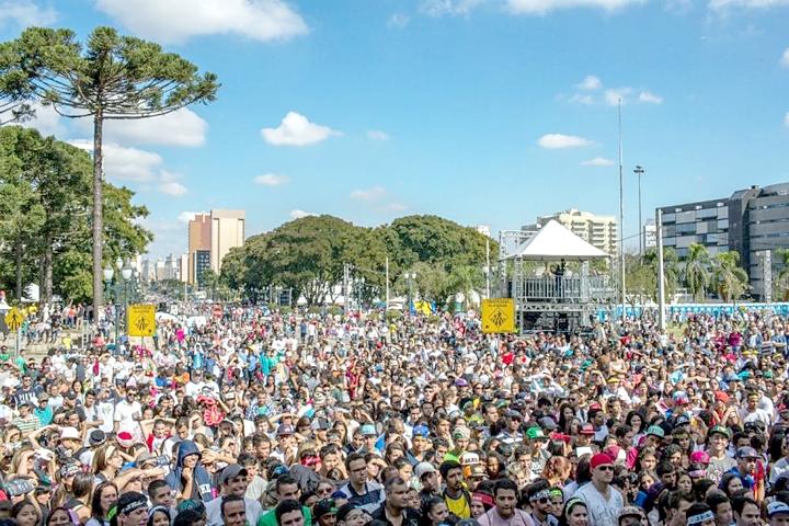 Marcha Para Jesus, em Curitiba
